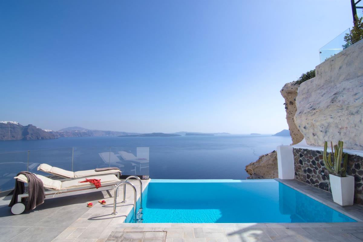 Santorini Secrets Suites & Spa – Infinity Suite