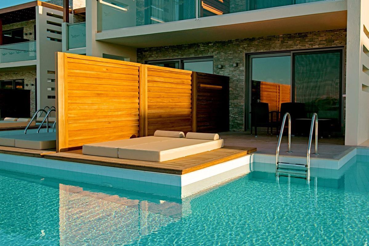 Sentido Port Royal Villas – Bungalow Beachfront z współdzielonym basenem