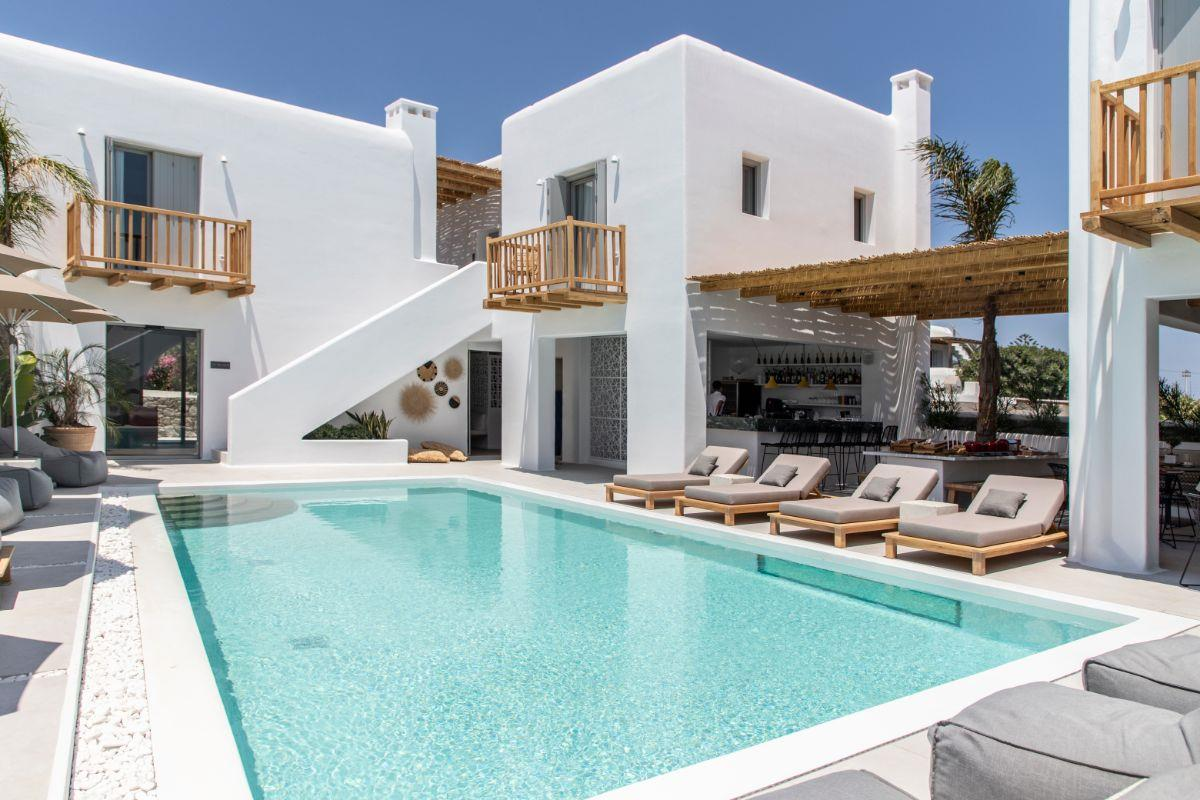 Adorno Beach Hotel & Suites – Basen