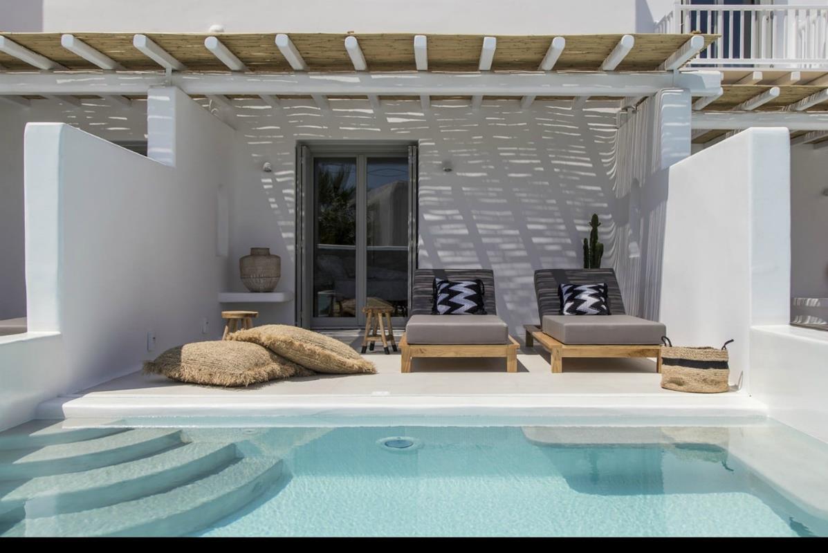 Adorno Beach Hotel & Suites – Junior Suite with Private Pool