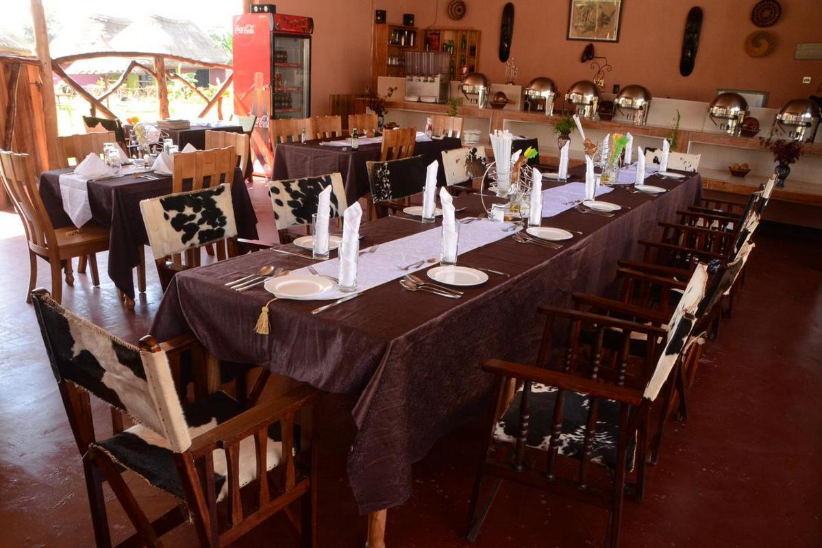 Hoima Cultural Lodge – Restauracja