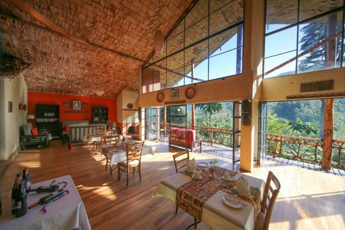 Mahogany Springs – Restauracja i Lounge