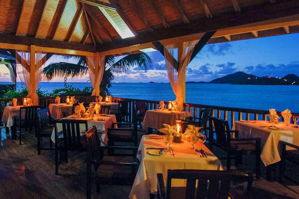 Cocos Hotel Antigua – Restauracja
