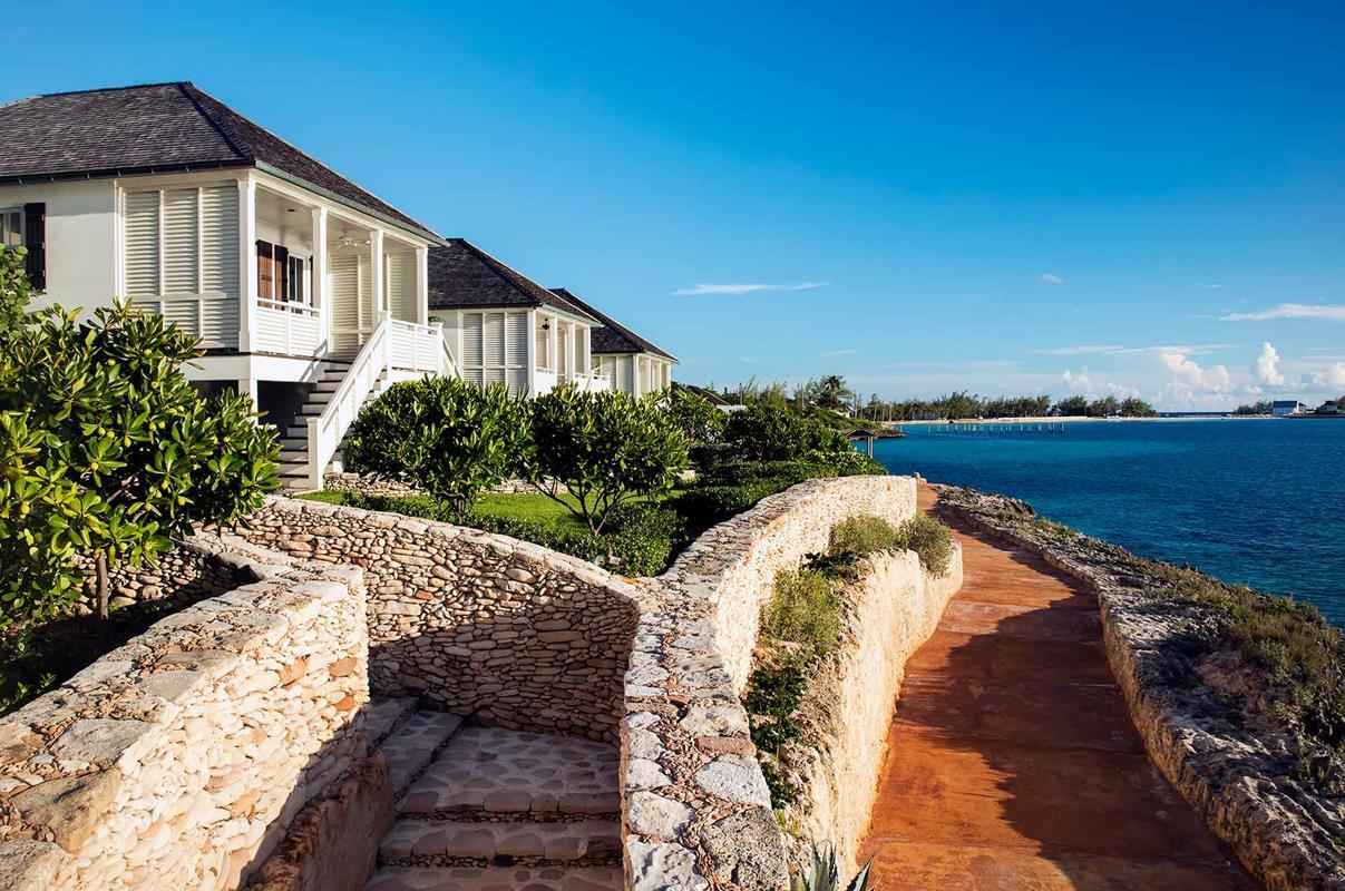 French Leave Resort – Oceanfront Villa