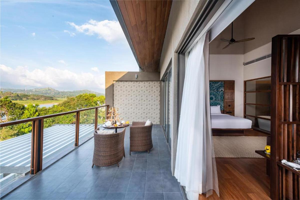 Jetwing Kandy Gallery – Kandyan Suite