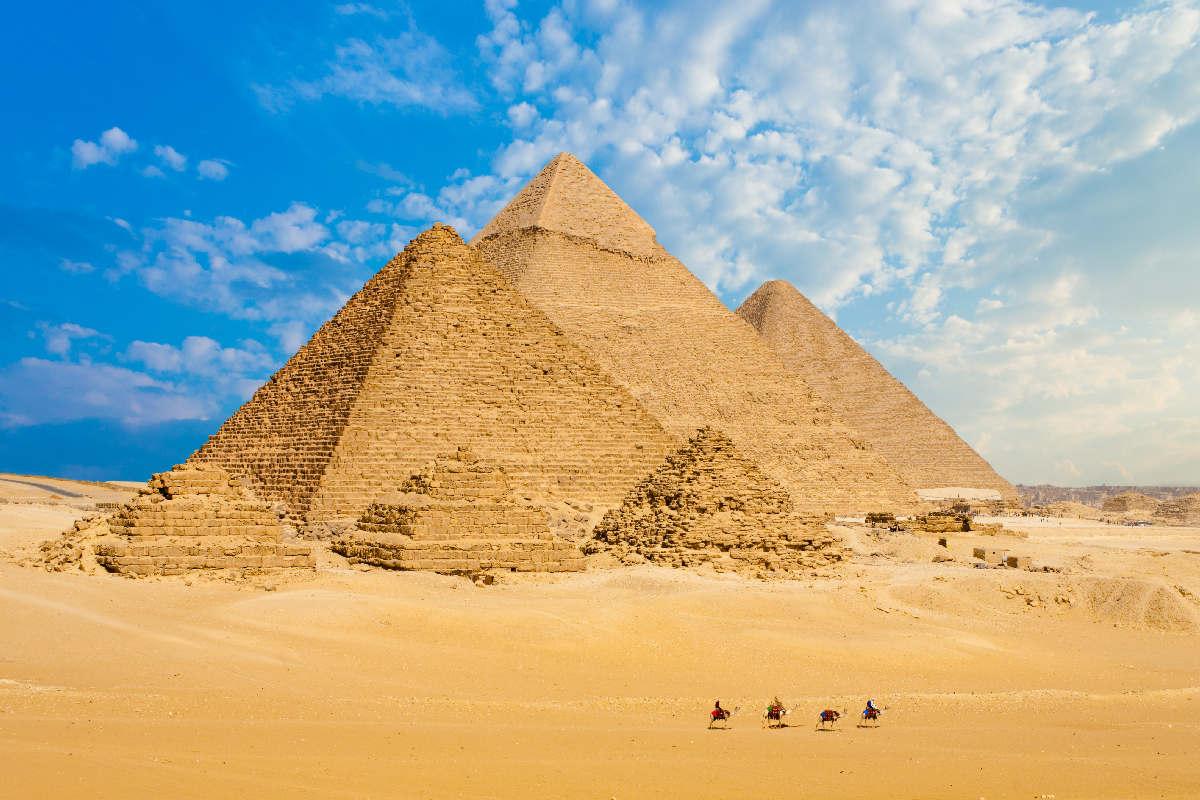 Kair – Piramidy w Gizie