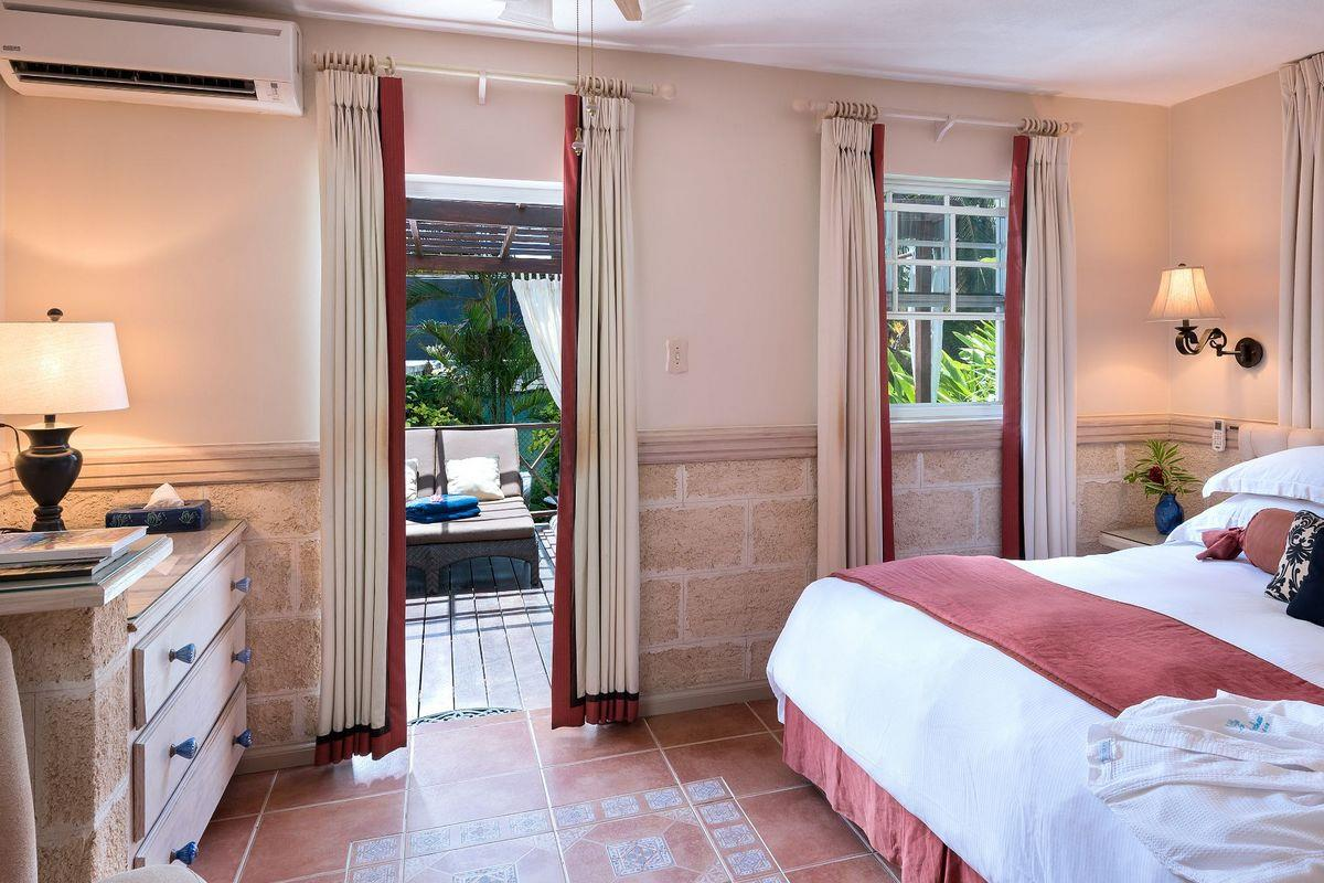 Little Arches Boutique Hotel – Room