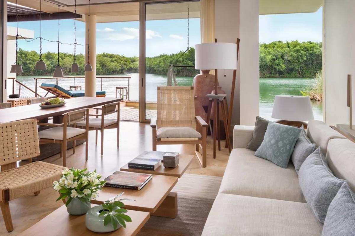 Rosewood Mayakoba – Deluxe Overwater Lagoon Suite