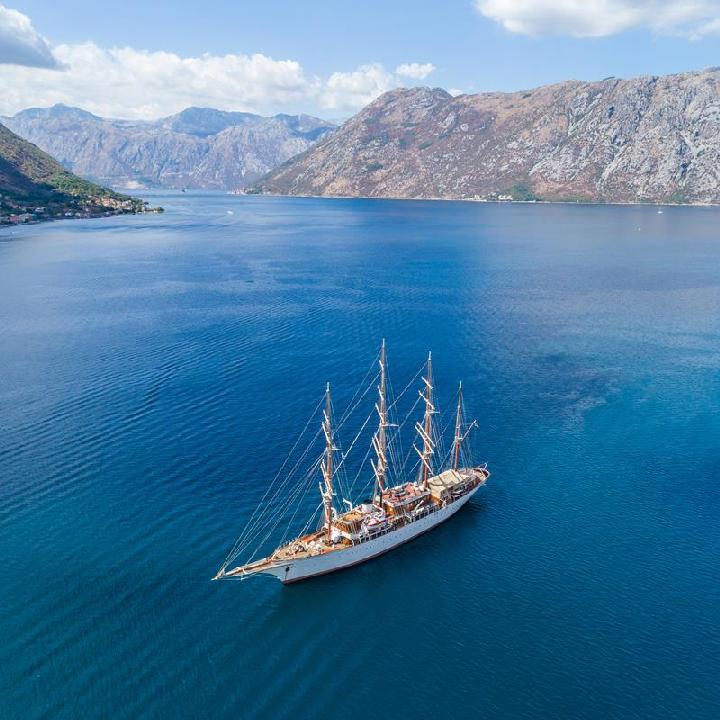 Zatoka Kotorska – jacht