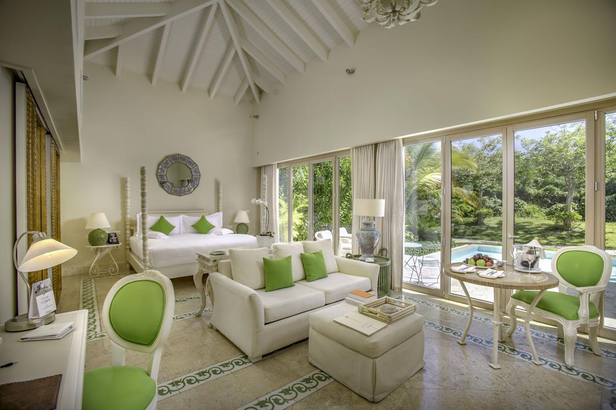 Eden Roc Cap Cana – Luxury Pool Junior Suite