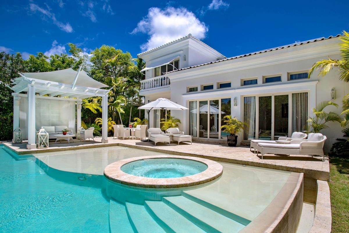 Eden Roc Cap Cana – Three Bedroom Royal Villa