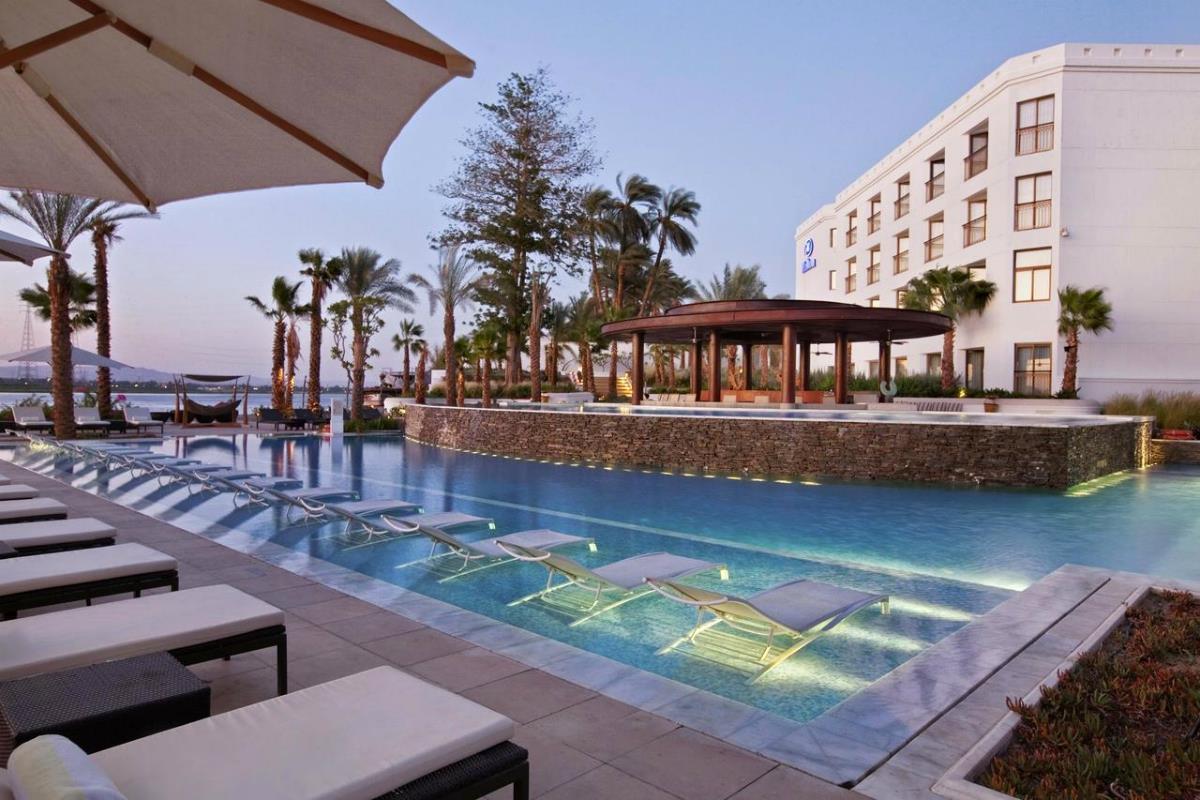 Hilton Luxor Resort & Spa – Basen