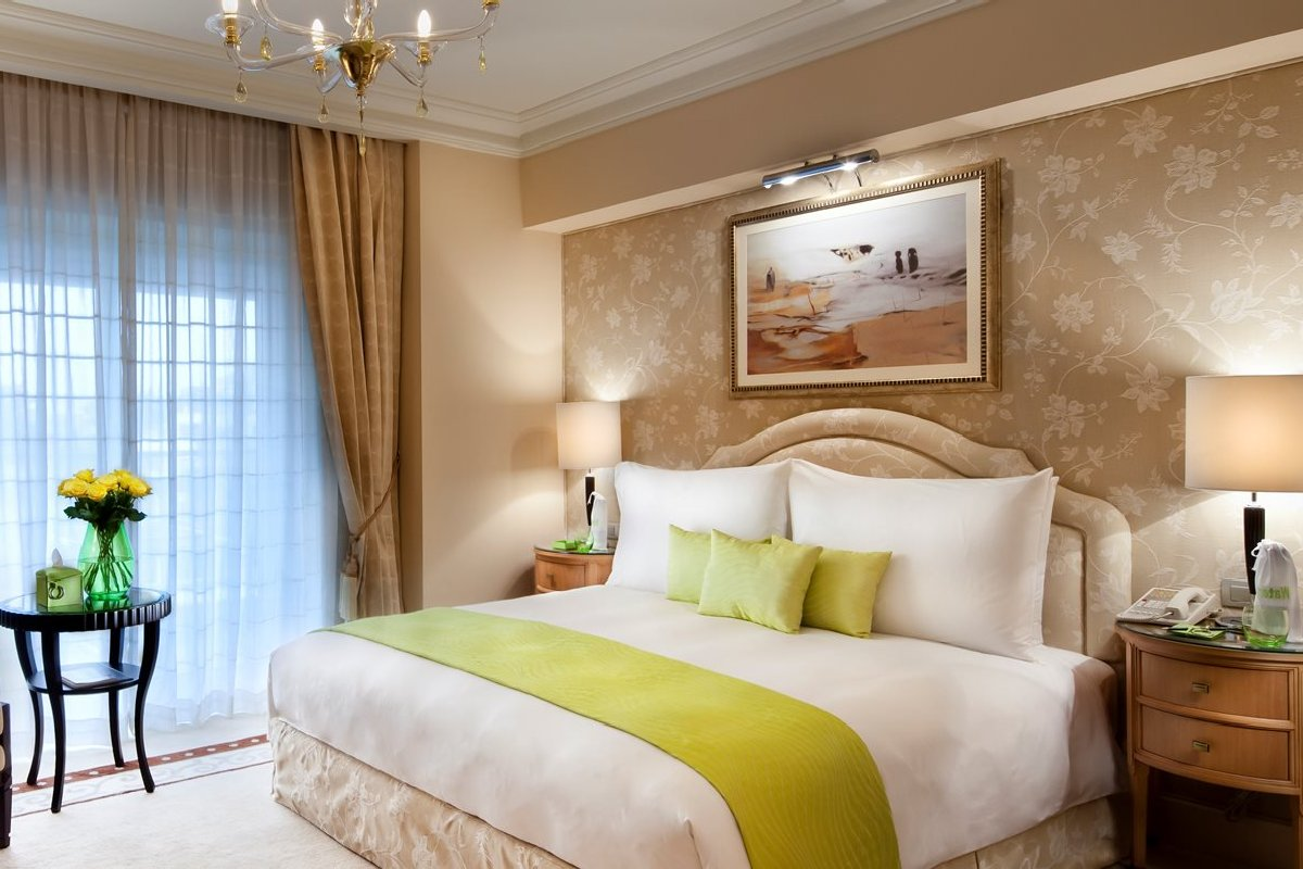 Kempinski Nile Hotel Garden City – Madina Deluxe Room