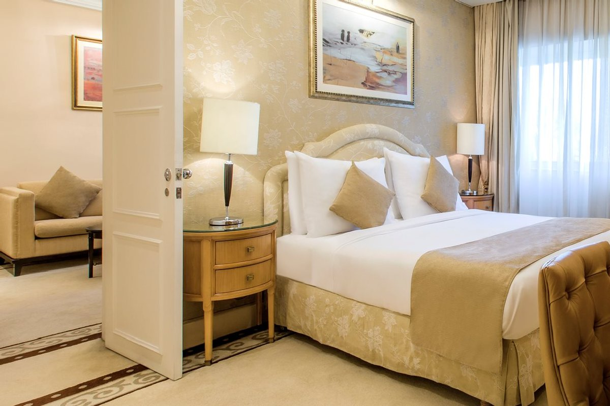 Kempinski Nile Hotel Garden City – Madina Junior Suite