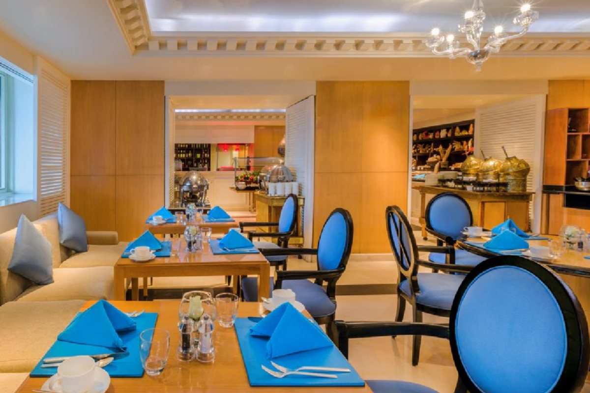 Kempinski Nile Hotel Garden City – Restauracja