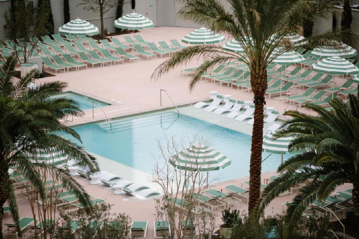 NoMad Las Vegas – Basen