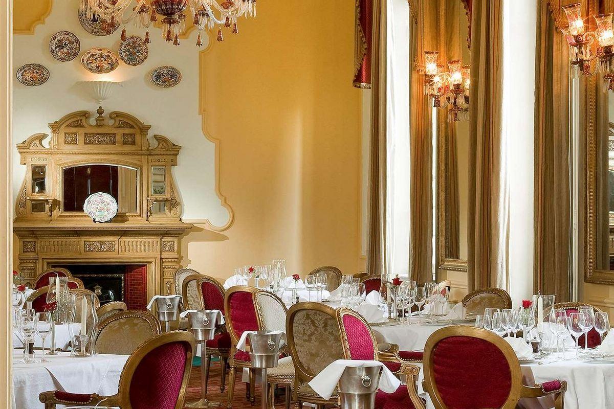 Sofitel Winter Palace – Restauracja 1886