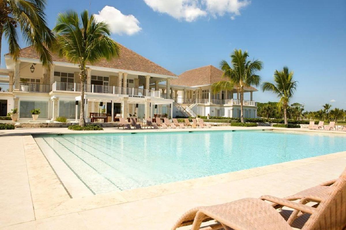 Tortuga Bay Hotel – Basen