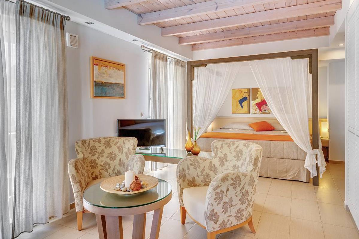 Nissaki Beach – Honeymoon Suite