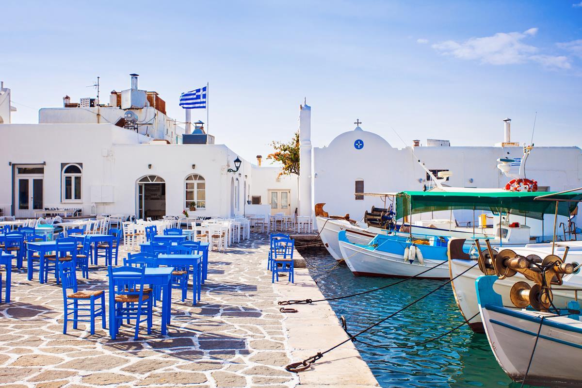 Paros – Port w Naoussa