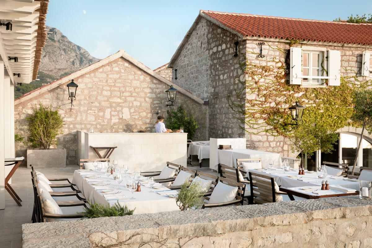 Aman Sveti Stefan – Arva Restaurant