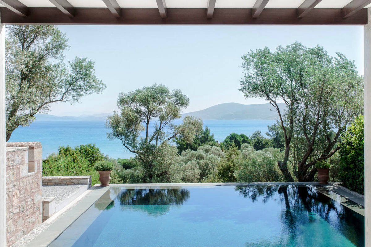Amanruya – Pool Pavilion Deluxe Sea View