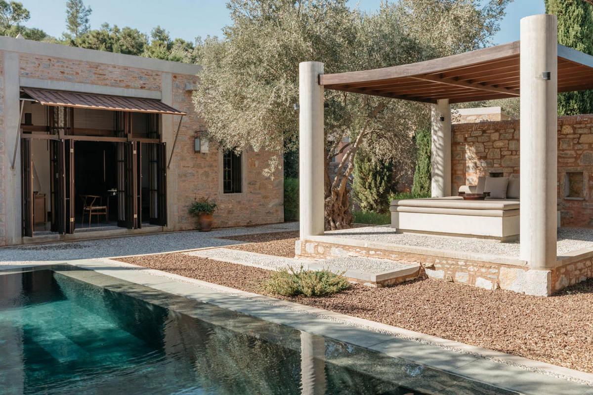 Amanruya – Pool Pavilion Garden View