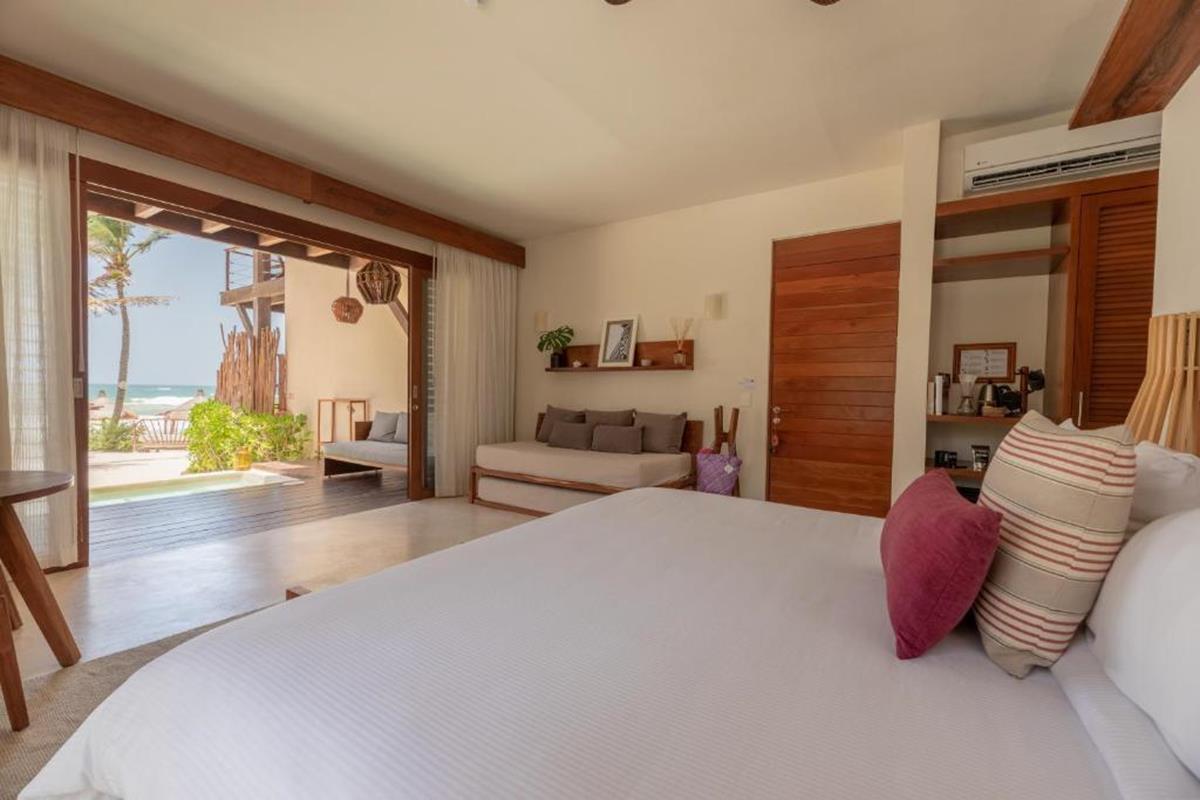 La Zebra a Colibri – Sea View Ground Floor Suite with Plunge Pool