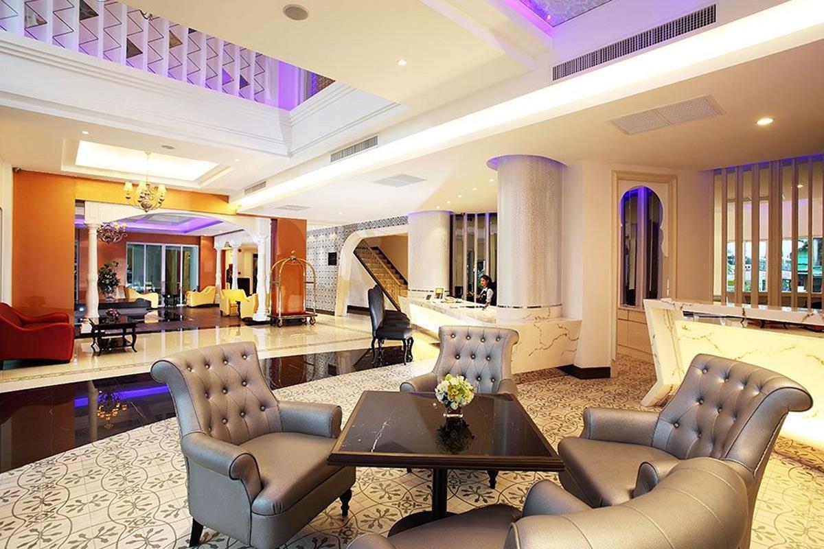 Chillax Resort – Lobby