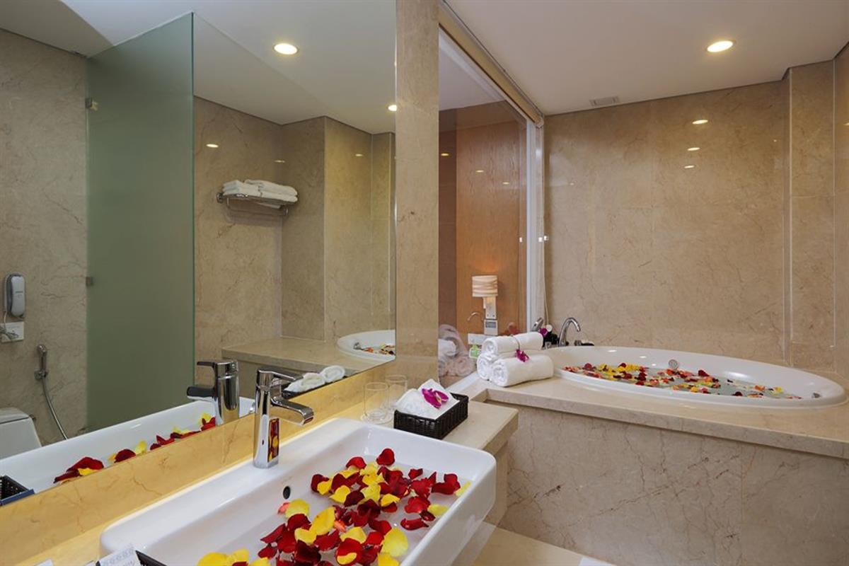 Paradise Saigon Boutique Hotel – Suite