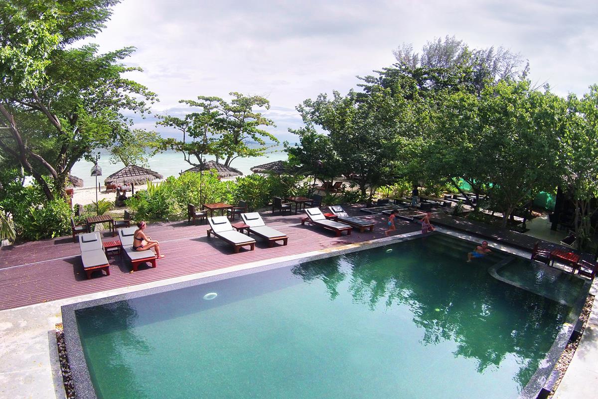 Seven Seas Resort – Basen