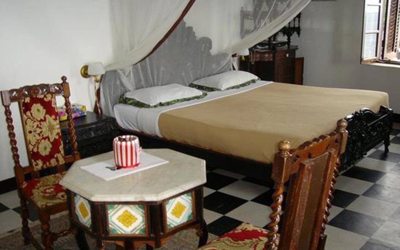 Tembo House Room