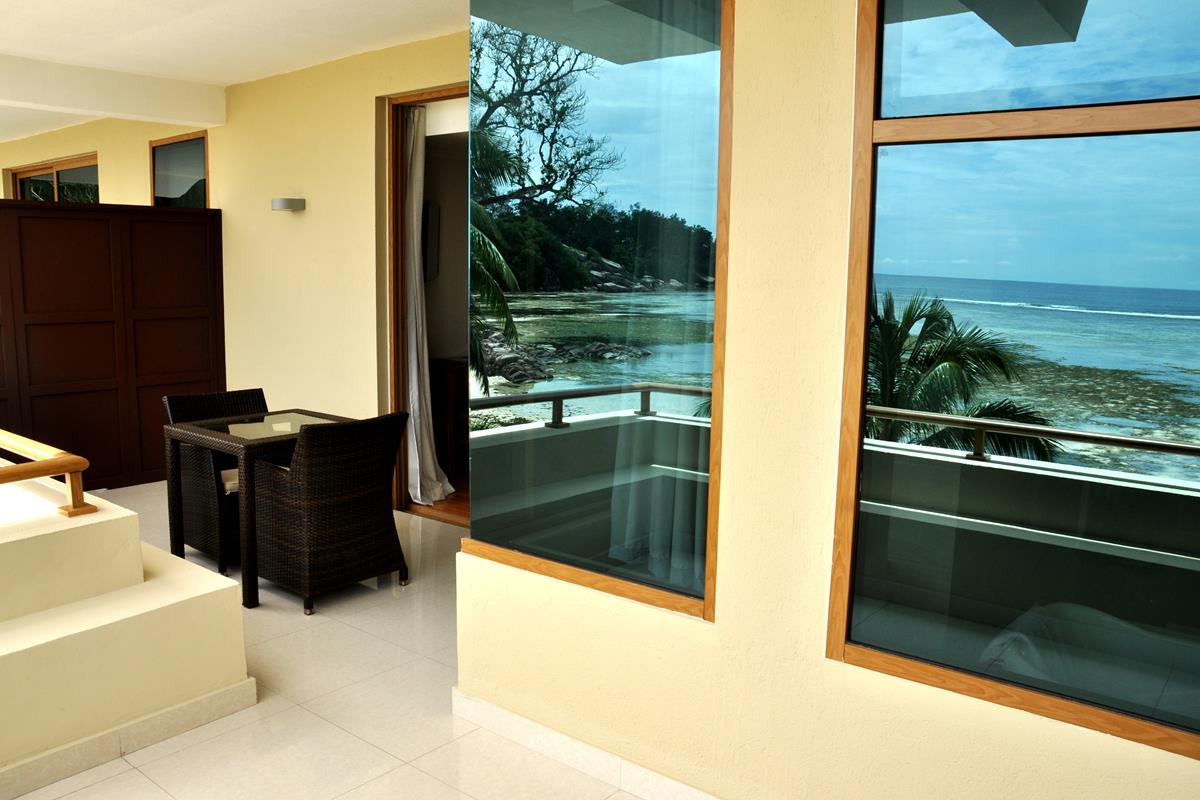 Crown Beach Seychelles – Superior Suite