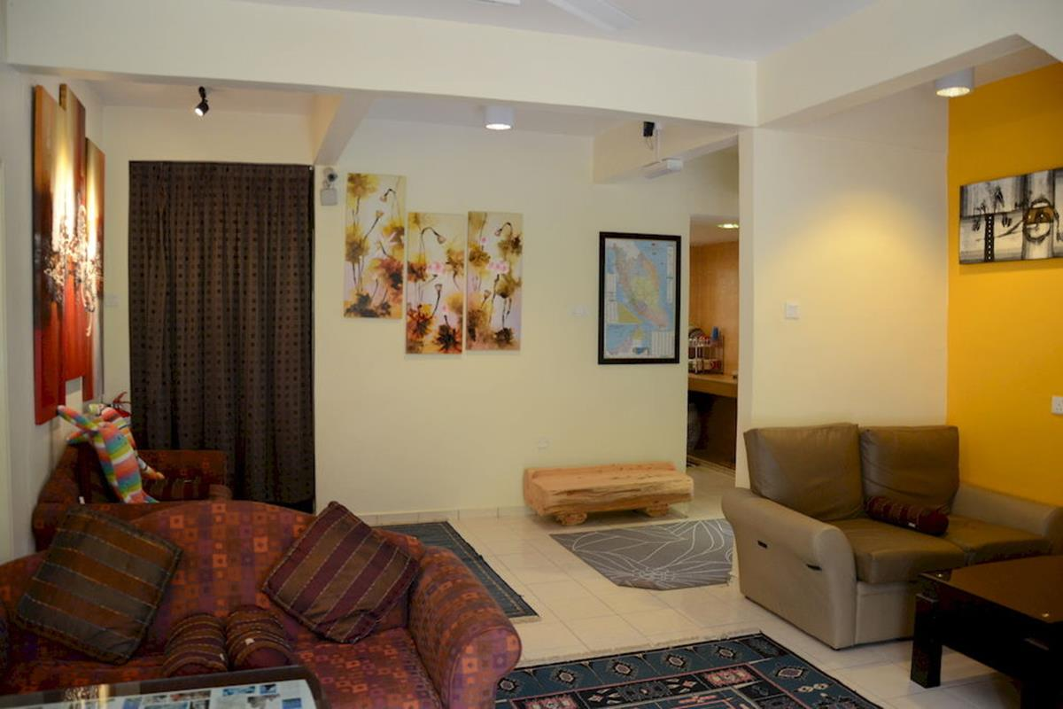 Father's Guest House – Lobby