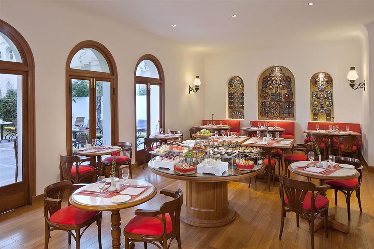 Maidens Hotel – Restauracja (2)