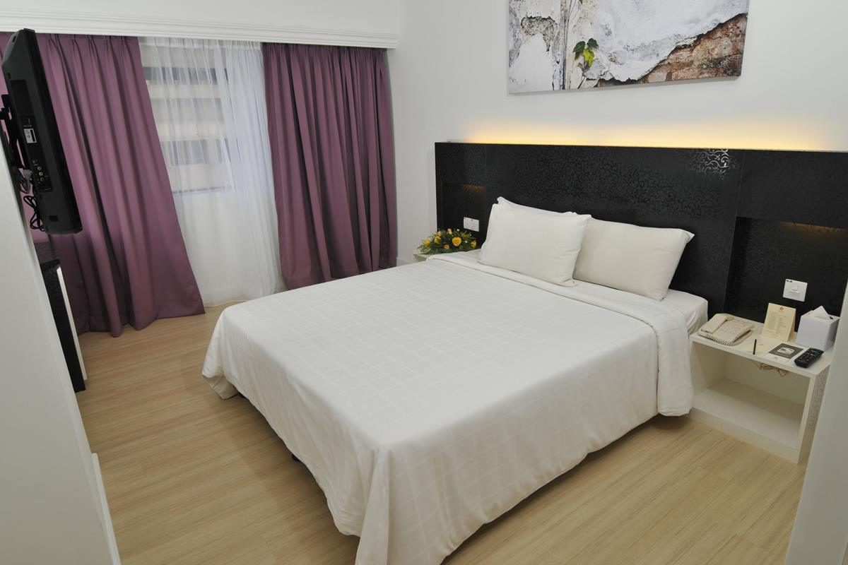 Swiss Inn – Pokój Deluxe