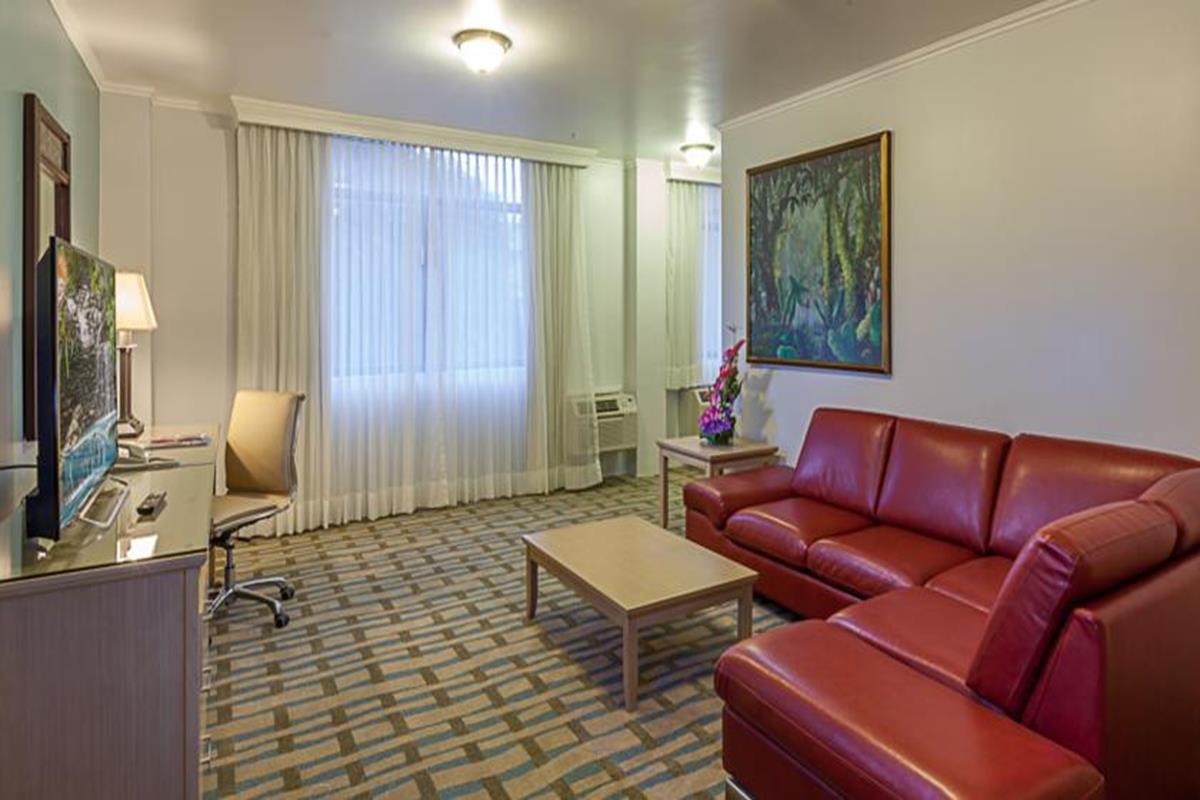 Grand Hotel Guayaquil – Pokój typu Suite