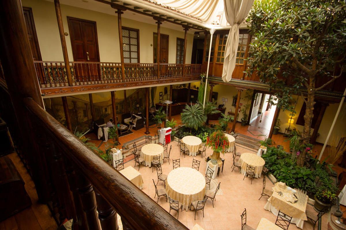 Hotel Boutique Santa Lucia – Patio