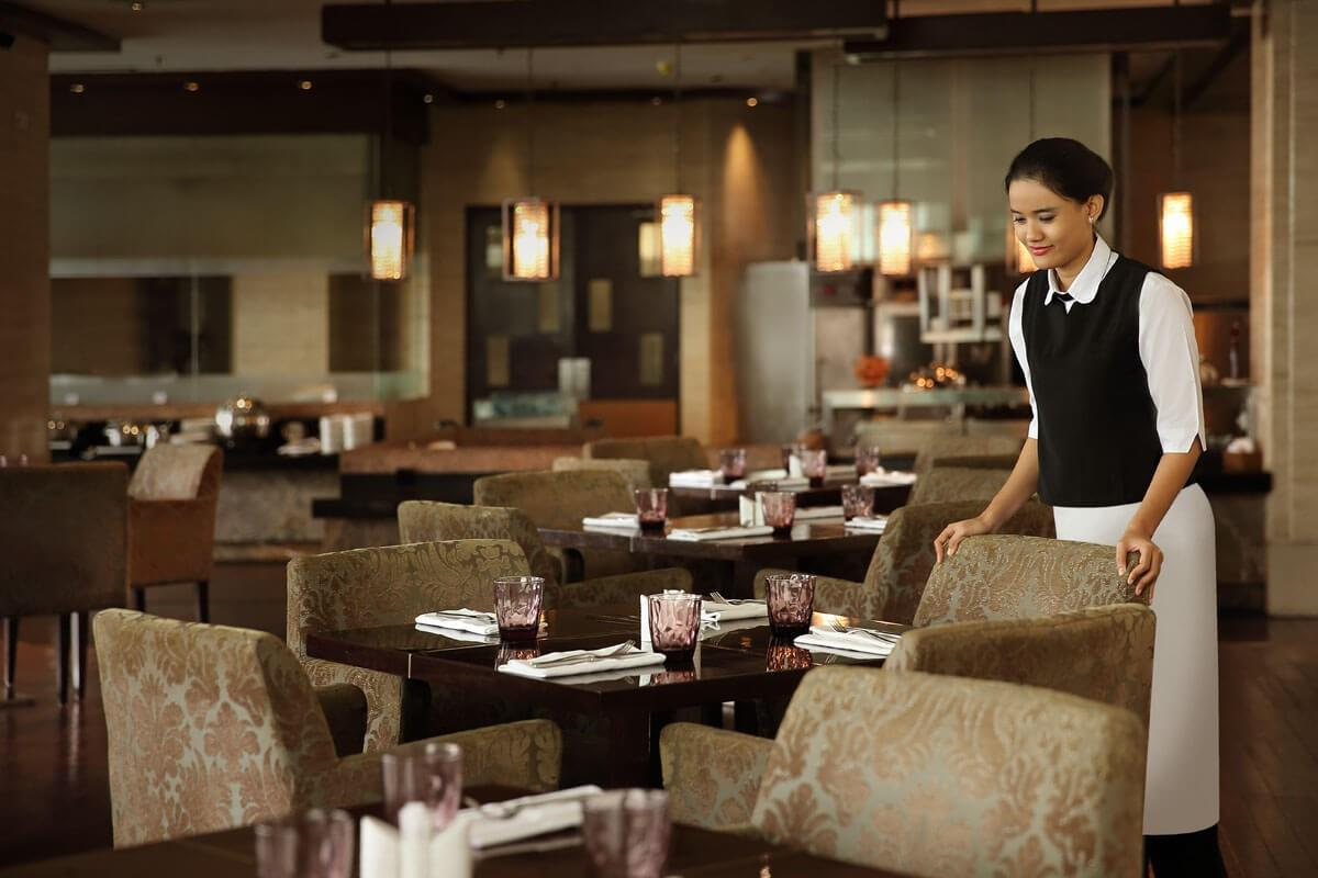 Hotel Aryaduta – Restauracja The Kitchen