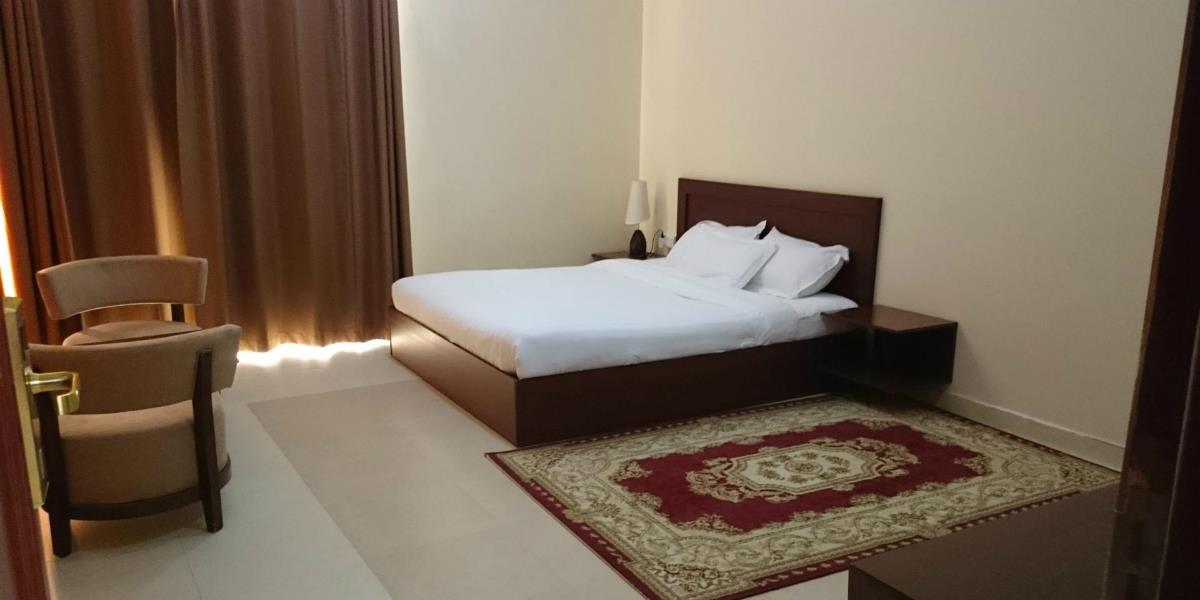 Al Ayjah Plaza Hotel – Pokój Suite