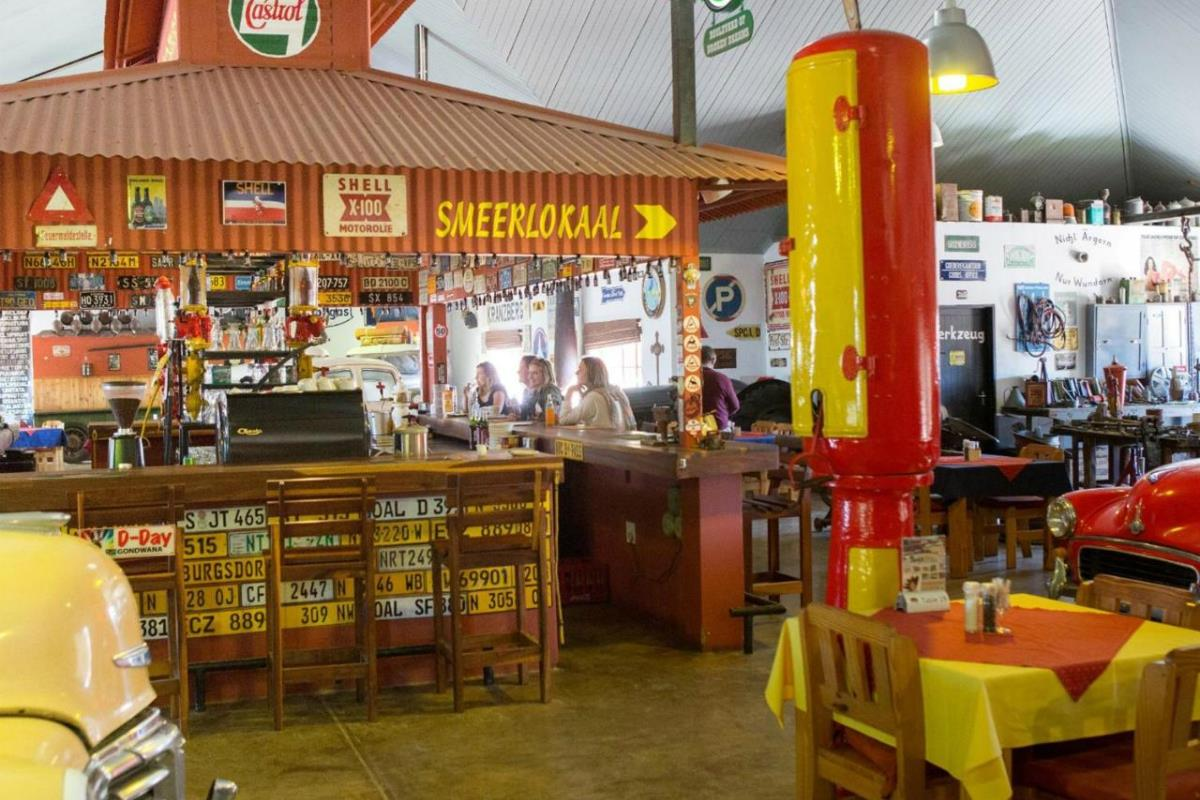 Road House Campsite – Bar